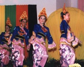 [Native Dance]
